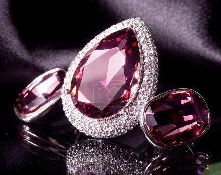 orecchini e anello di bella