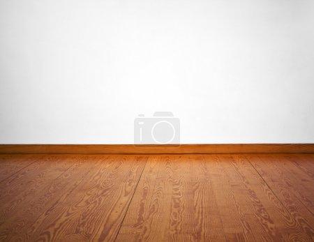 Parete bianca vuota e pavimento in ...