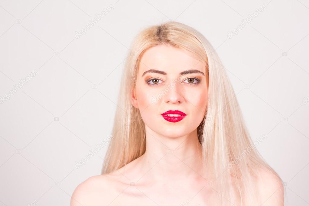 Ipastock - Il concetto di bellezza. Bella donna con ...