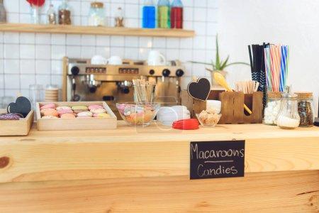 pasticcini in caffè