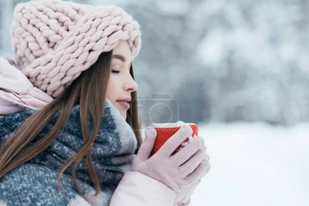 Donna inverno<br>