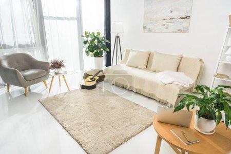 Interiore del salone minimalista