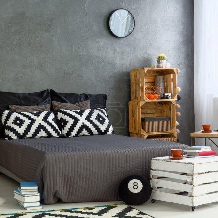 Ipastock fai da te mobili in camera da letto moderna - Camera da letto fai da te ...