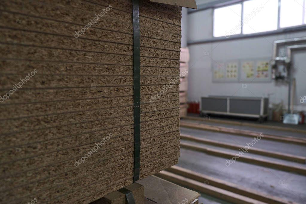 Ipastock posa pannelli truciolari per elaborazione e for Produzione di mobili