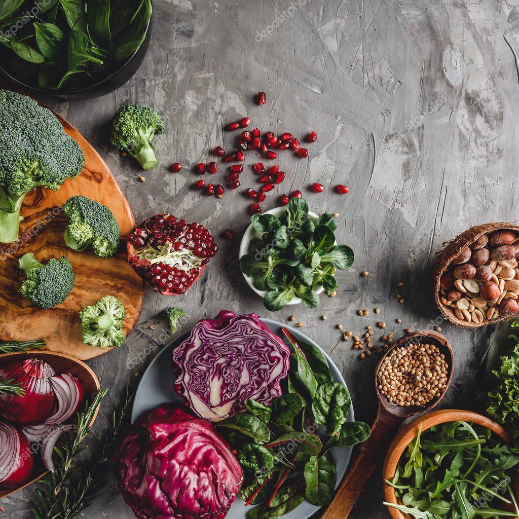 Ipastock assortimento di prodotti alimentari di verdura for Cucinare vegano