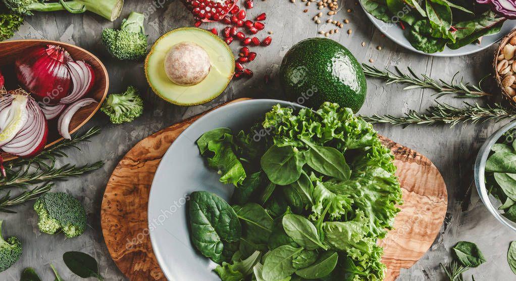Ipastock assortimento di prodotti alimentari di verdura for Cucinare vegetariano