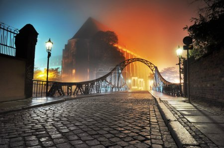 bellissima vista del vecchio ponte ...